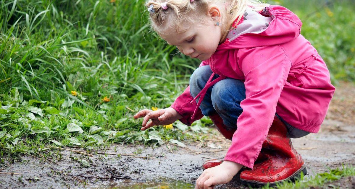 Dziecięce kurtki bez plam i zabrudzeń – nie wierzysz? To możliwe