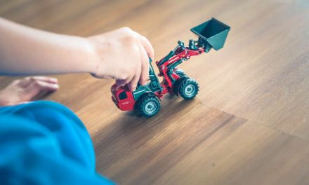 Czym są zabawki interaktywne i czy warto kupować je dzieciom?