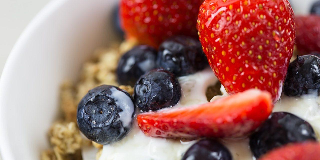 Dlaczego warto jeść musli na śniadanie?