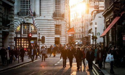 Kursy języków obcych za granicą — jakie są efekty?