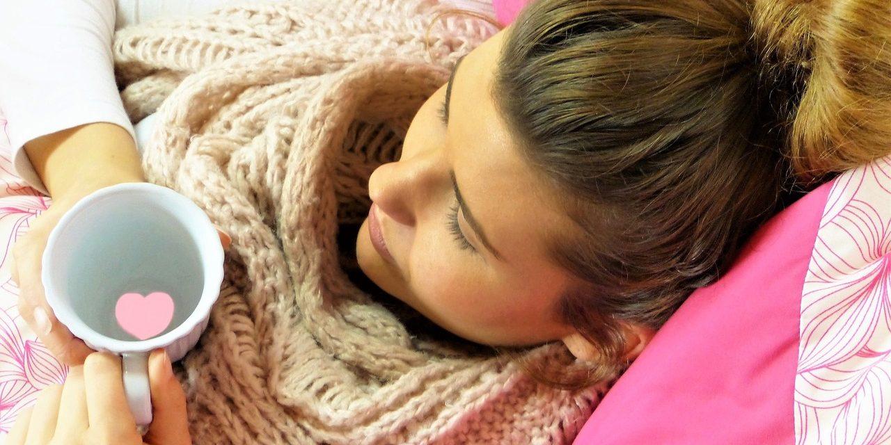 Grypa a przeziębienie. Jak je od siebie odróżnić i jak należy je leczyć?
